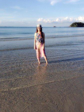 Nirwana Gardens - Mayang Sari Beach Resort : Clear water