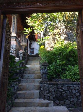 Bayu Cottages Hotel and Restaurant: Pintu Masuk