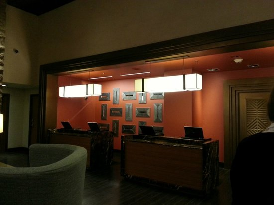 Hyatt Regency Phoenix: Check in/out desk