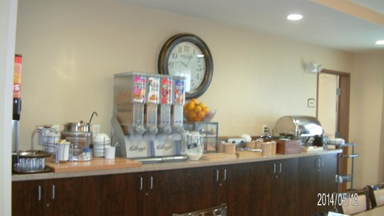 MainStay Suites Rapid City: Breakfast area