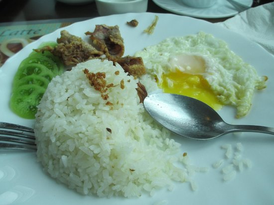 Tagaytay Wingate Manor: Breakfast