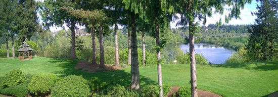 Hotel RL Olympia by Red Lion: view of the river or lake