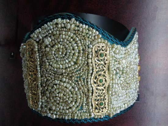 Musée Abderrahman Slaoui: beaded headwear