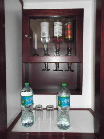 Hotel Riu Naiboa: in our cabinet