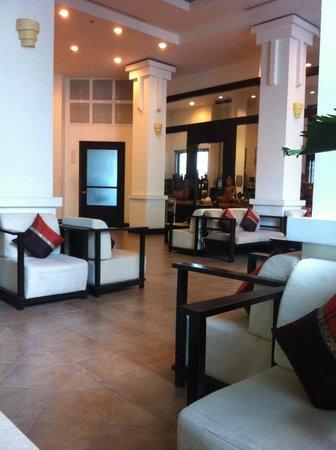 Tara Angkor Hotel : Foyer