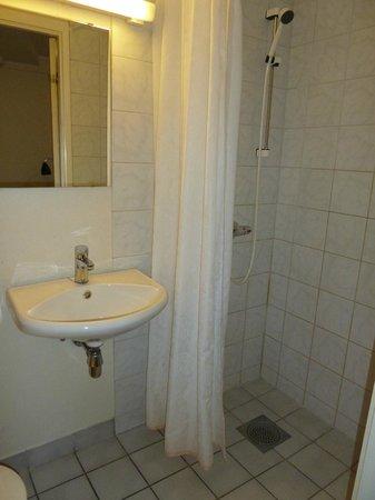 Citybox Bergen : Single Room Shower