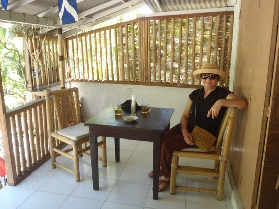 Warung Boni : Two tables only!