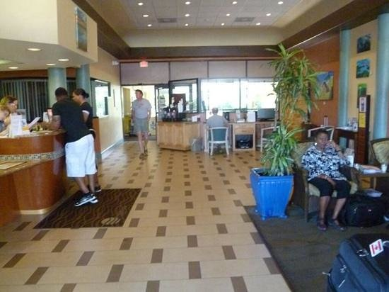 Comfort Inn & Suites Port Canaveral Area: Lobby area