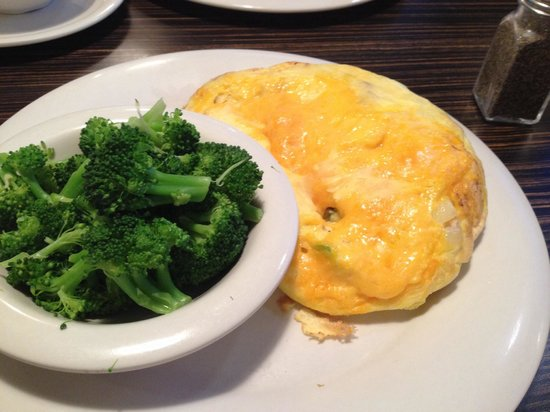 The Original Pancake House: Western omelette with broccoli substituted for pancakes.