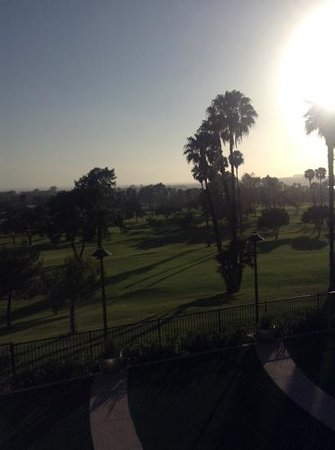 Newport Beach Marriott Hotel & Spa: view from spa-room