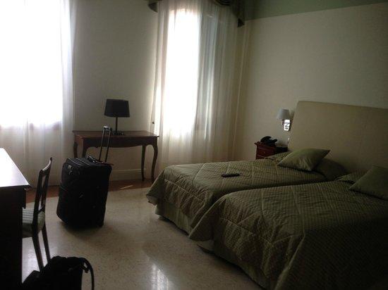 Hotel Sant'Antonin: Room