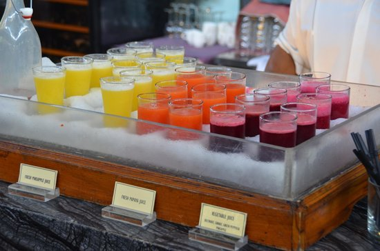 Padma Resort Legian: FRESH JUICE bar!!!!  Fantastic!
