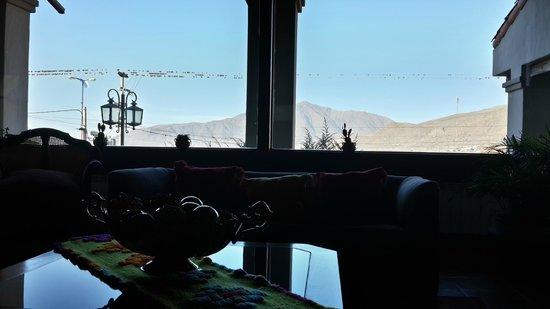 Hosteria Lunahuana : vista desde las ventanas
