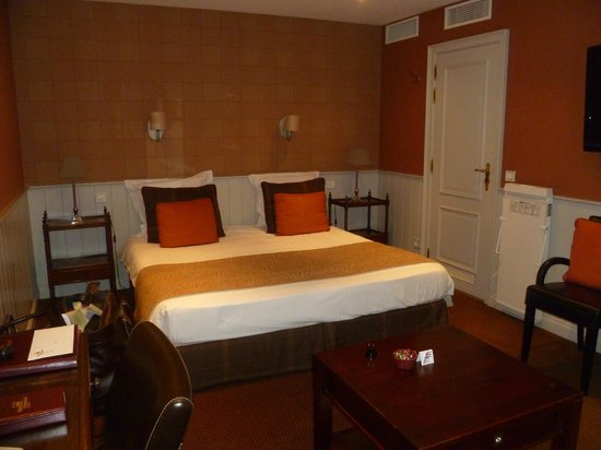 Hotel Prinsenhof Bruges : Bedroom view