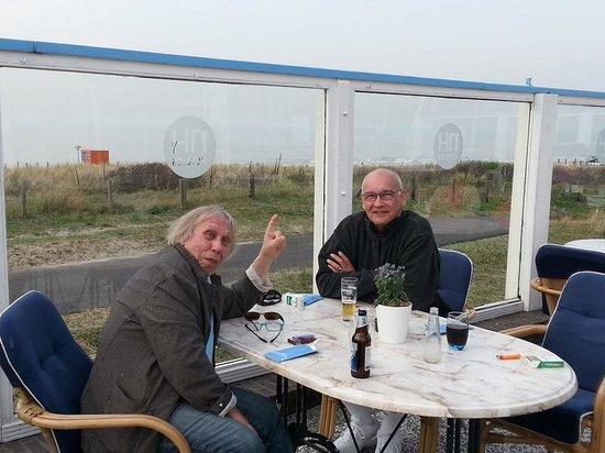 NH Atlantic Den Haag: Outdoor restaurant...fabulous!