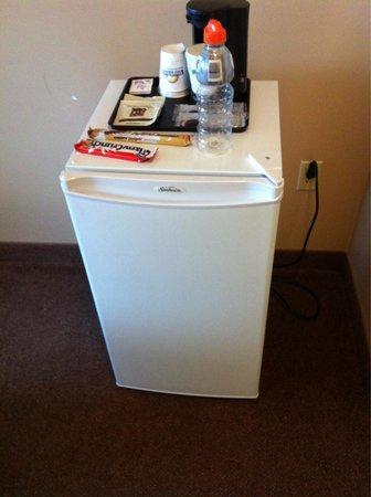 Days Inn & Conference Centre Oromocto : Room 404 fridge