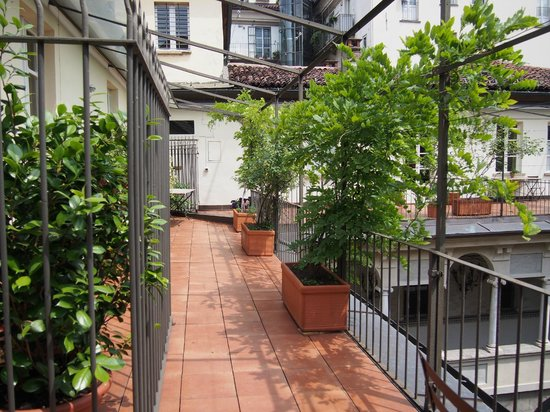 B&B Via Stampatori: Common terrace/balcony