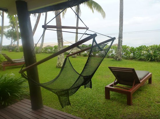Outrigger Fiji Beach Resort : Ocean Front Room