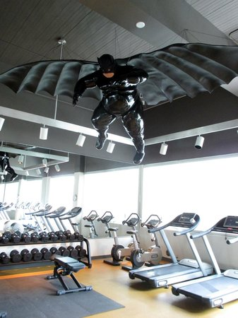 21c Museum Hotel Bentonville: Batman keeps watch over the exercise room