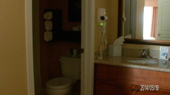 Residence Inn Billings: Bathroom