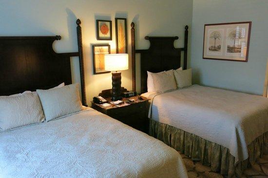 Andrew Pinckney Inn: Room 203