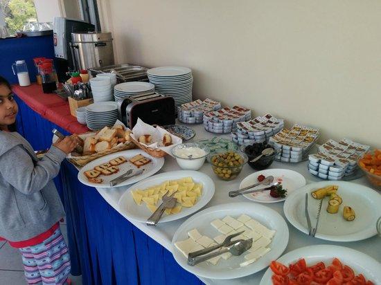 Sultanahmet Cesme Hotel: Breakfast 2