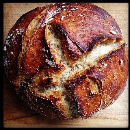 Winslow's Tavern : Bread