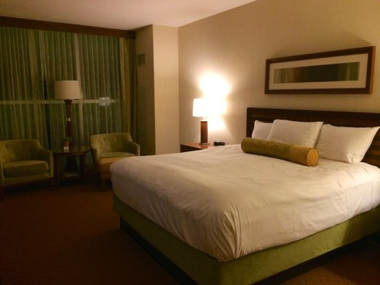 Wind Creek Casino & Hotel, Atmore: Spacious & clean sleeping area.