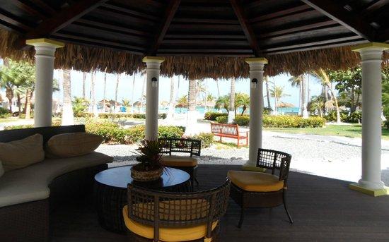 Holiday Inn Resort Aruba - Beach Resort & Casino: Junto a la recepción