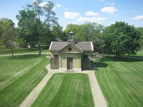 David Davis Mansion State Historic Site: Privy House