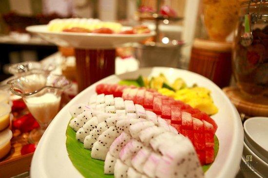 Hanoi Meracus Hotel 1: Buffet Breakfast