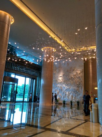 The Westin Pazhou: Entrance and lobby