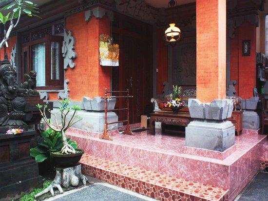 Teba House Ubud Guest House : Balcony