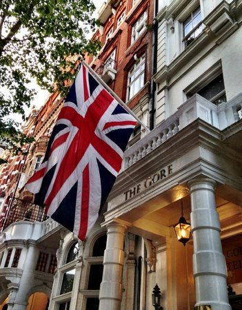 The Queen's Gate Hotel: Frente do hotel