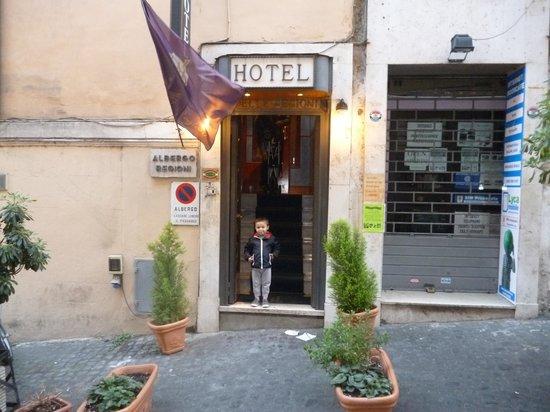Hotel Delle Regioni: frente