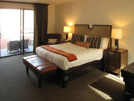 Enchantment Resort : Suite 08 Bedroom