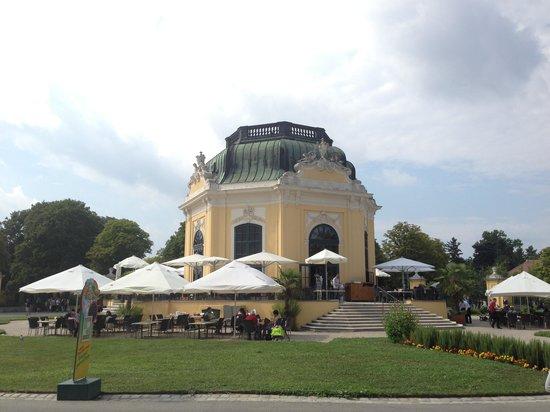 Tiergarten Schoenbrunn - Zoo Vienna : stunning architecure