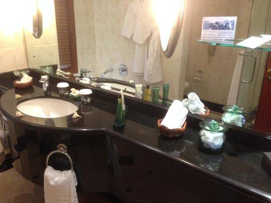Hilton Mauritius Resort & Spa : HILTON SUITE