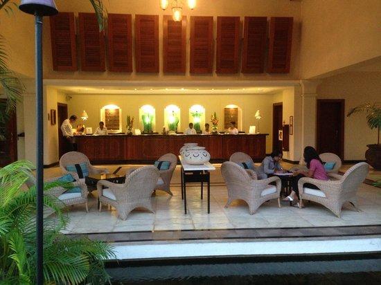 Hilton Mauritius Resort & Spa : HILTON LOBBY