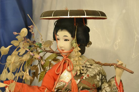 Brighton Toy and Model Museum: Japanese dolls