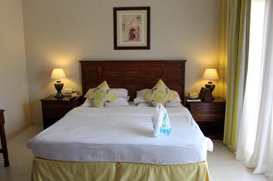 Al Hamra Residence & Village: room