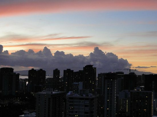 Aqua Skyline at Island Colony: Honolulu