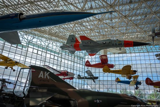 The Museum of Flight : Main exhibit hall...very cool.
