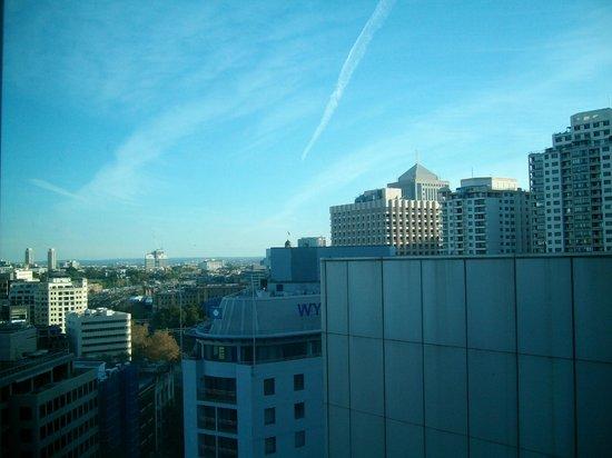 Travelodge Hotel Sydney : View