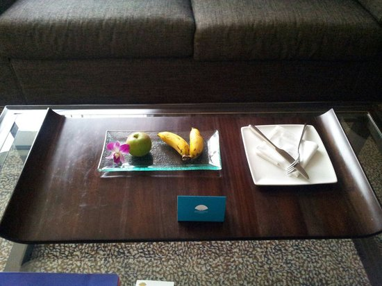 Mandarin Oriental Jakarta: How poor welcome fruit dish is!