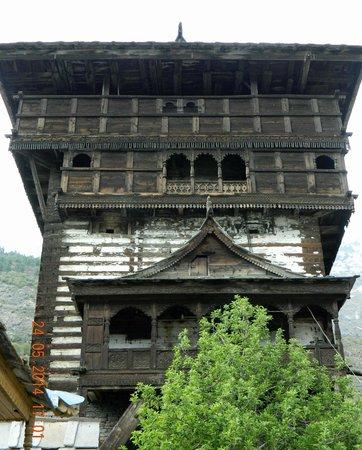 Prakash Regency : Kamakshi Devi temple, Kamru Fort, Sangla