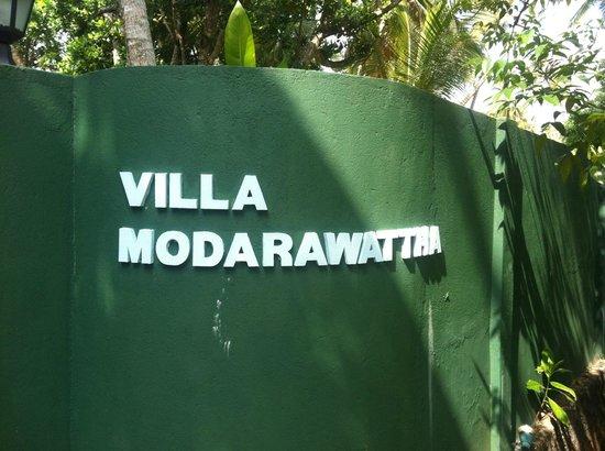 Villa Modarawattha: entrée du site