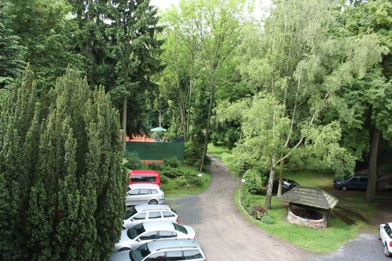 Pension Vetrnik: The grouns and parking area