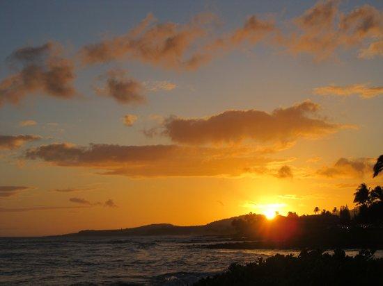 Sheraton Kauai Resort: Sunset at resort
