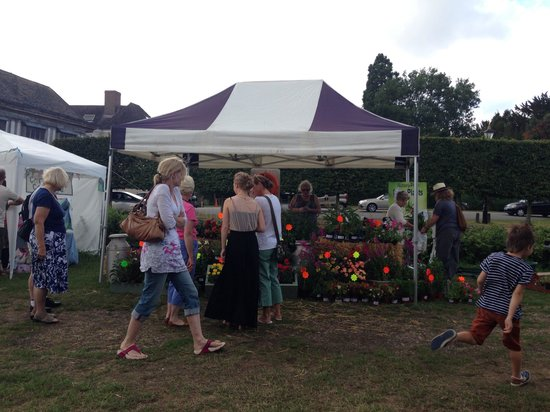 Middleton Hall: Market day, last Sunday of the month